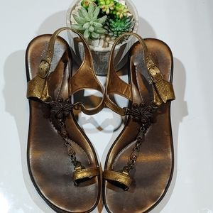 Matisee Toe-Ring Chain link Bronze Sandals Size 7